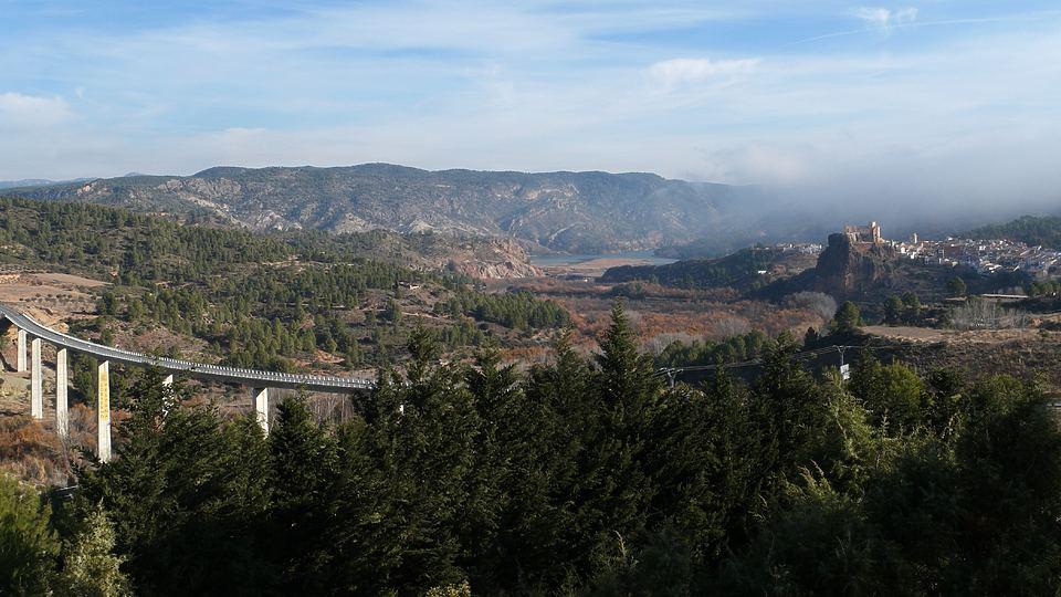 Orillas del río Cabriel en Cofrentes