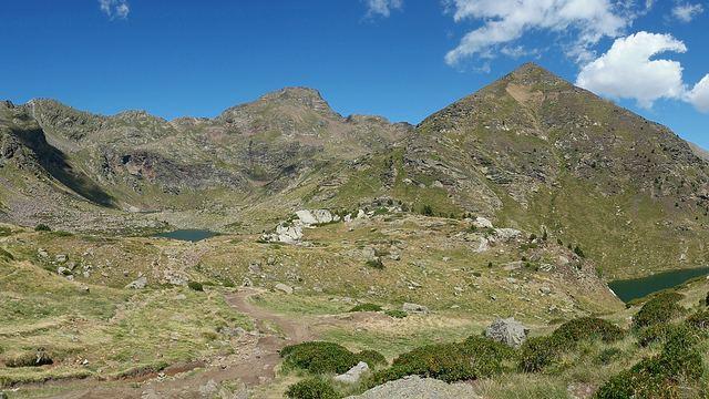 Ruta circular a los Lagos de Tristaina en Andorra