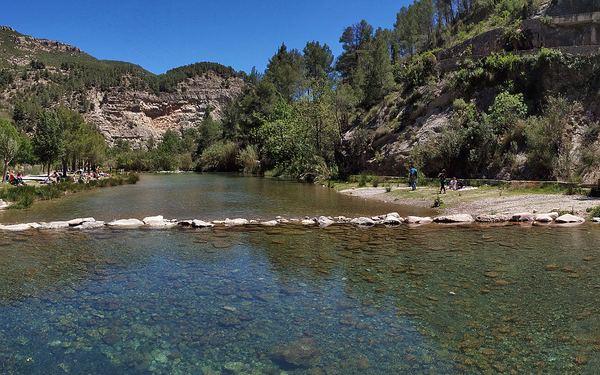 Ruta del agua en Montanejos: paseo a la Fuente de los Baños