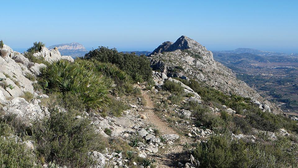 Circular por la Serra del Penyó hacia el Cavall Verd