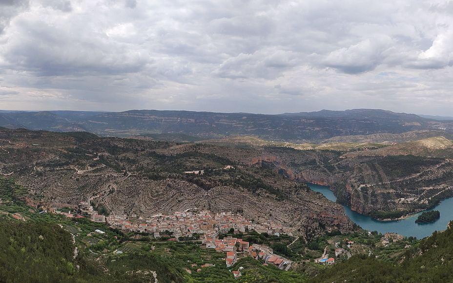 Sendero de La Cortada en Cortes de Pallás (ruta Cavanilles)